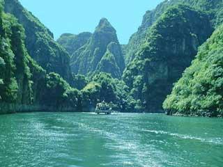 龙庆峡风景区