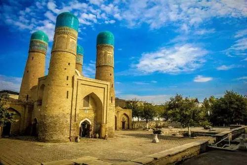 乌兹别克斯坦旅游